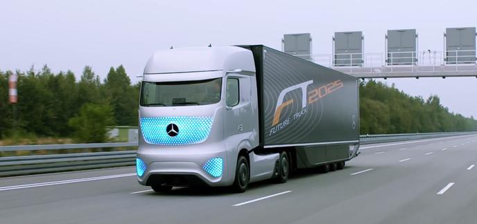 le camion du futur imagin par mercedes. Black Bedroom Furniture Sets. Home Design Ideas