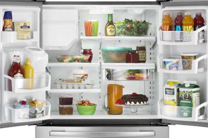 votre iphone consomme plus d 39 nergie que votre frigo. Black Bedroom Furniture Sets. Home Design Ideas