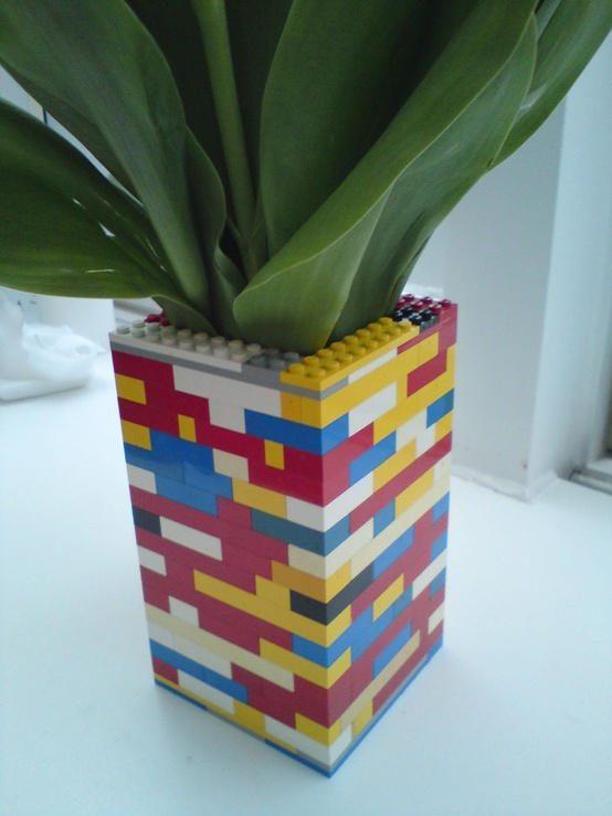 top 28 des id es pour donner une nouvelle vie aux lego. Black Bedroom Furniture Sets. Home Design Ideas