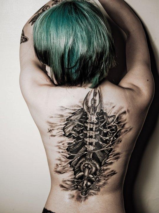 tatouage biomécanique 11