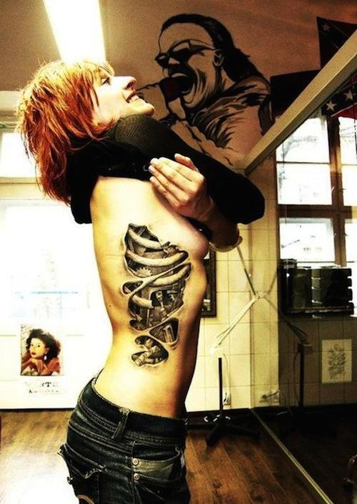 tatouage biomécanique 31