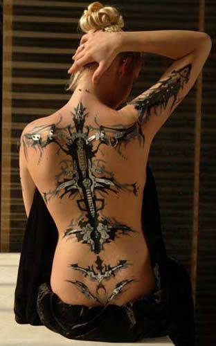 tatouage biomécanique 8