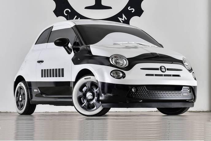 la fiat 500 stormtrooper est tout simplement magnifique. Black Bedroom Furniture Sets. Home Design Ideas