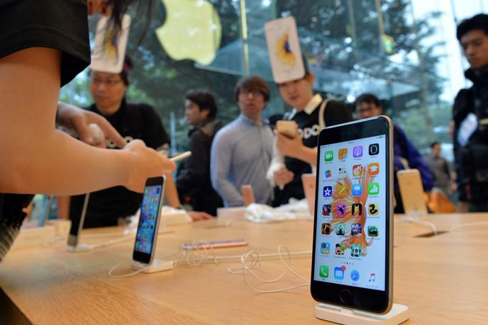 différence vrai et faux écouteurs iphone