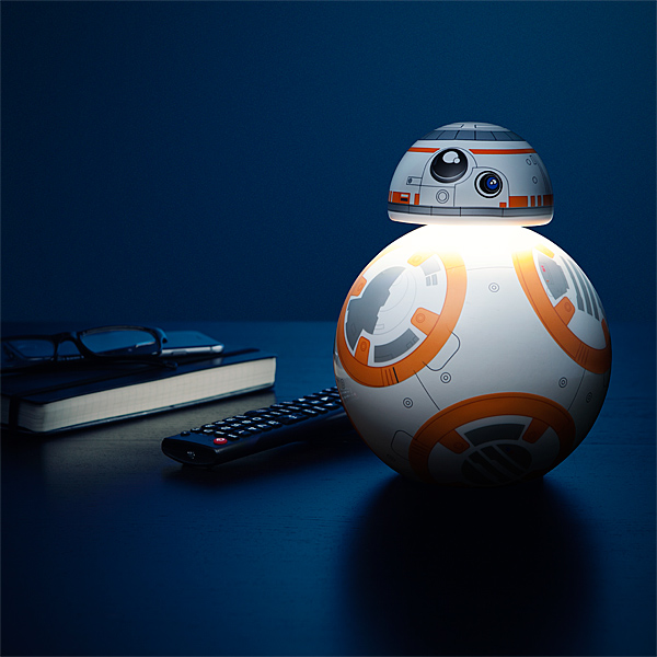 L 39 adorable lampe bb 8 de bureau un must have - Lampe de bureau star wars ...