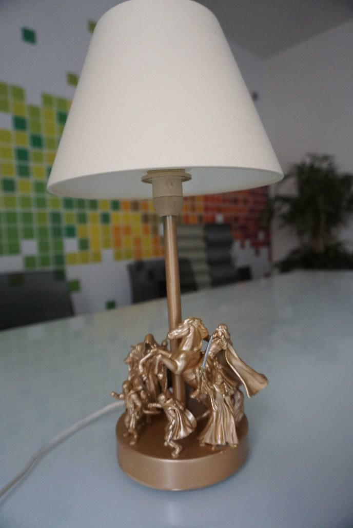 Tuto De La Semaine Voici Comment Réaliser Une Lampe Geek