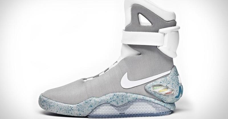 half off e48d7 81b78 Voici comment acheter une paire de Nike Air MAG autolaçante (Retour vers le  Futur II)