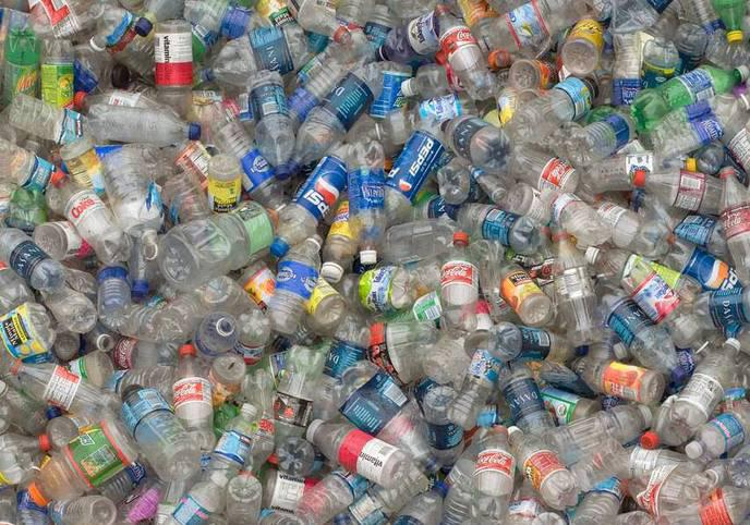 Pollution massive du plastique