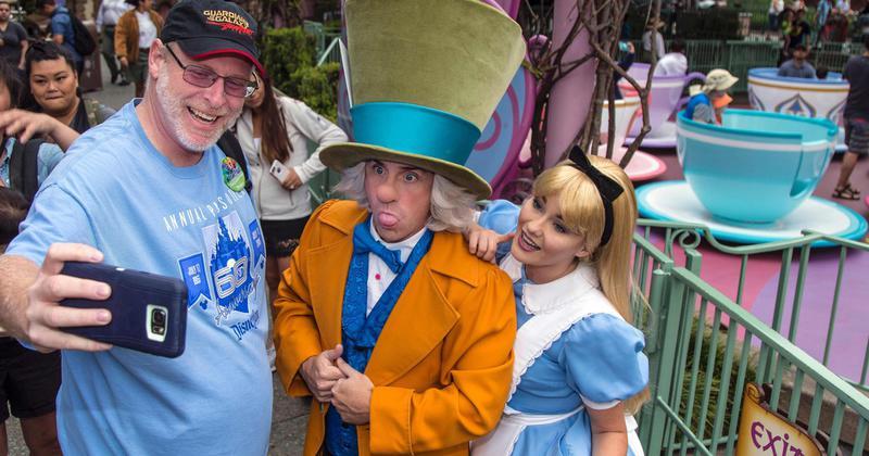 On vient de trouver le fan ultime de Disneyland : il y a passé 2000 jours d'affilé !