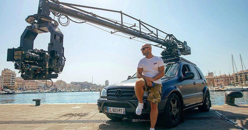 taxi 5 les premi res photos du tournage d voilent le retour d 39 un personnage irrempla able. Black Bedroom Furniture Sets. Home Design Ideas