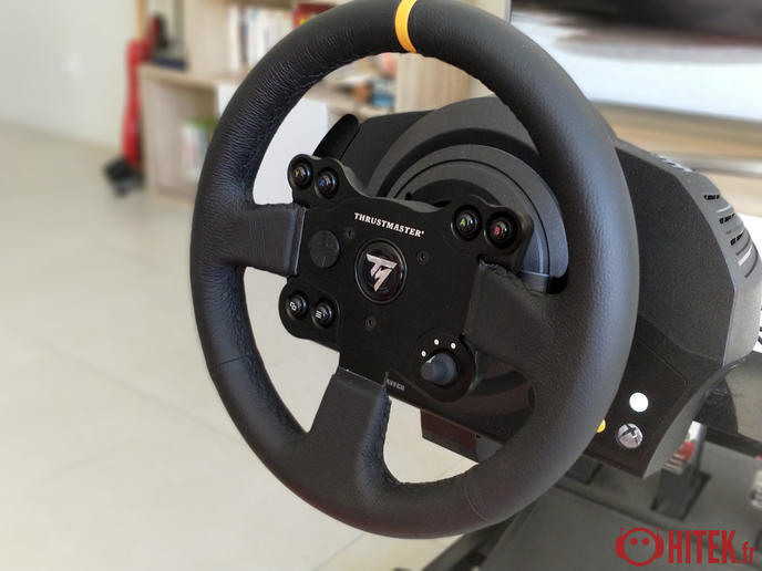 test thrustmaster tx racing wheel leather edition un volant pour une plus grande immersion. Black Bedroom Furniture Sets. Home Design Ideas