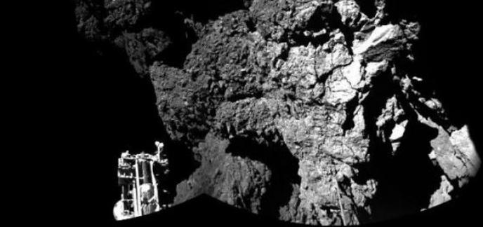 i_648x415-photo-prise-robot-philae-pose-comete-tchouri-transmise-agence-spatiale-europeenne-13-novembre-2014.jpg