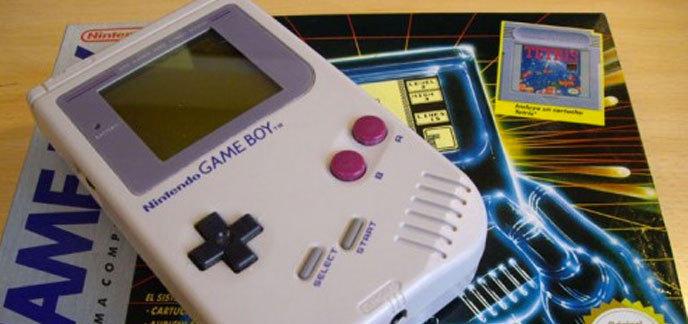 a loccasion de son 25me anniversaire la game boy originale est de nouveau en vente - Acheter Game Boy Color Neuve