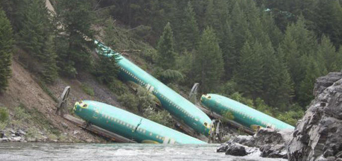 i_o-train-deraille-570-1.jpg