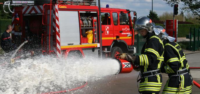 i_sapeur-pompier-camion-2298.jpg