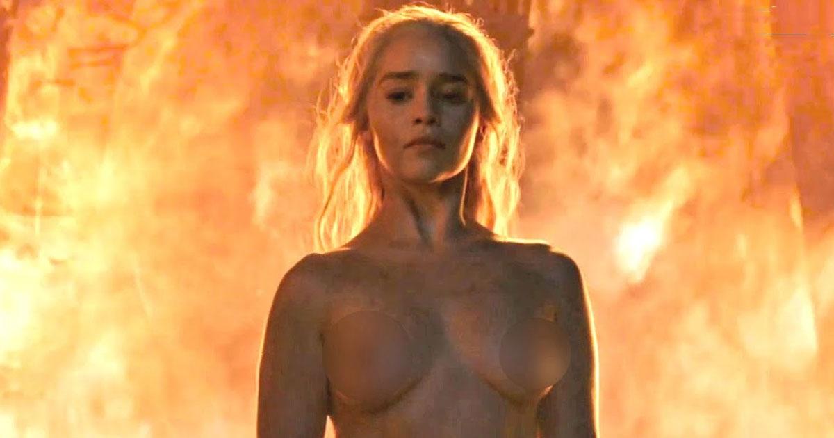 Clarke nue emilia Emilia Clarke