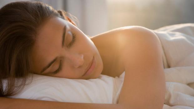 pourquoi avez vous besoin de dormir beaucoup ou tr s peu pour tre en forme. Black Bedroom Furniture Sets. Home Design Ideas