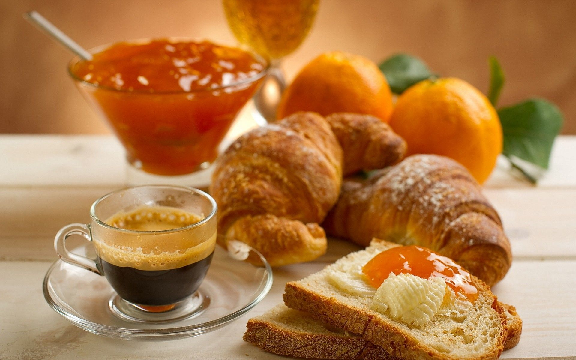 Samedi 30 mai  Nourriture-croissants-petit-deojeuner