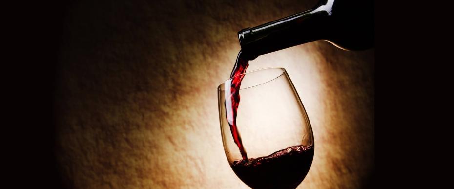 un verre de vin est aussi b n fique pour votre corps qu 39 une heure de sport. Black Bedroom Furniture Sets. Home Design Ideas