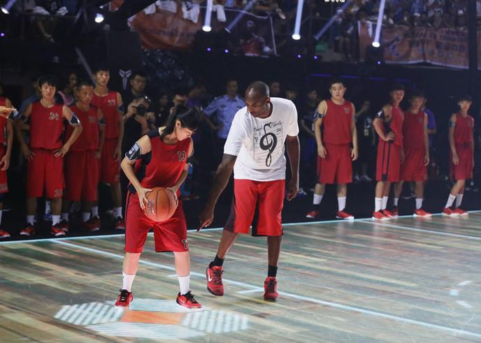 premier-terrain-basket-interactif-nike