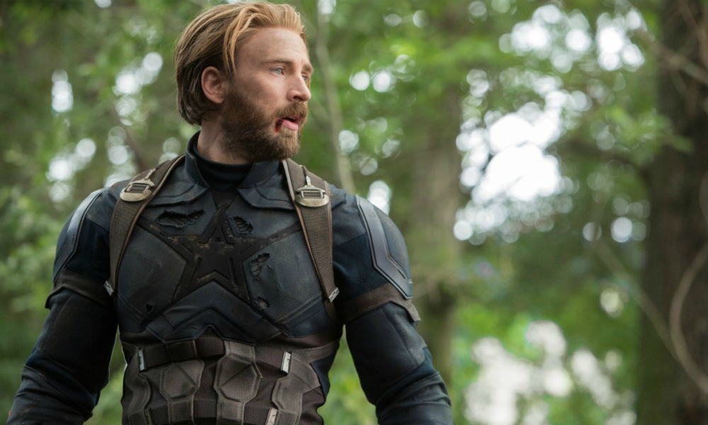 Chris Evans accroche son bouclier de Capitaine America
