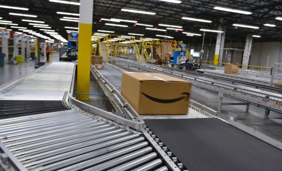 Amazon prolonge la fermeture de ses entrepôts français jusqu'au 5 mai inclus