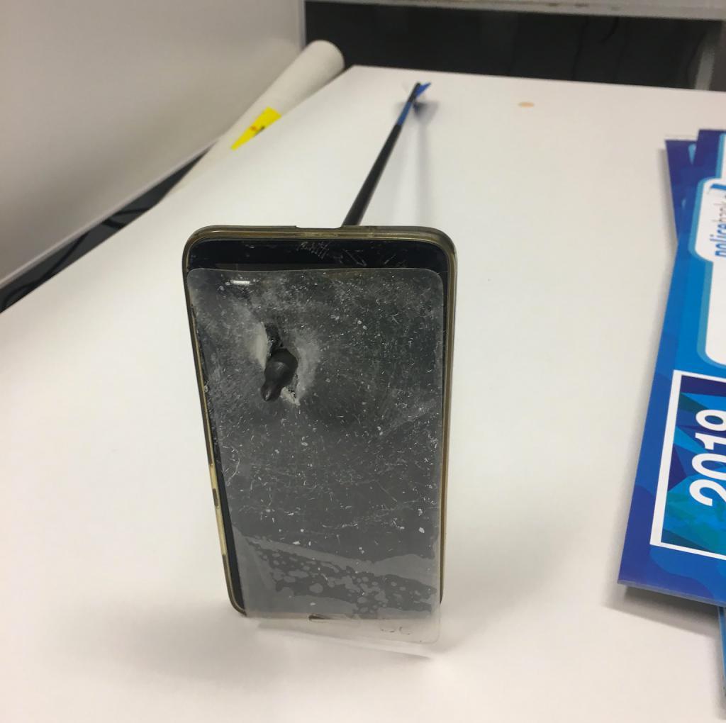Un garde du corps efficace contre les flèches — IPhone